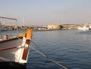 Город Финкас в одноименой бухте на острове Сирос в Греции