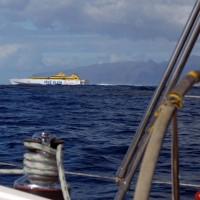 Скоростной паром между островами Тенерифе и Гомера