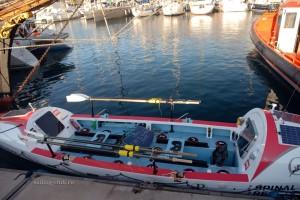 Весельная лодка для перехода через Атлантику
